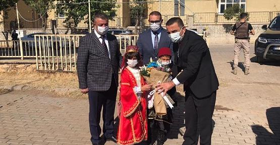 Vali Osman Hacıbektaşoğlu, Şirvan İlçesini Ziyaret Etti