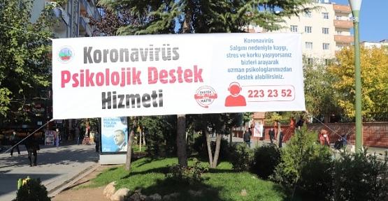 Siirt Belediyesi Vatandaşları Koronavirüse Karşı Levha ve Pankartlarla Uyardı