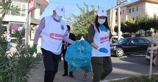 """Siirt Valiliği İl Genelinde """"Temiz Toplum, Temiz Kent"""" Sloganı İle Temizlik Kampanyası Başlattı"""