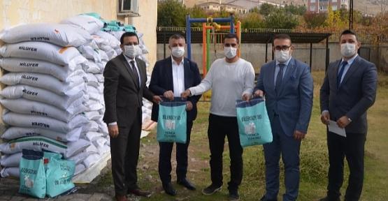 Siirt'te Çiftçilere 38 Ton Yem Bitkisi Tohumu Dağıtıldı