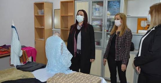 Vali Eşi Güney Hacıbektaşoğlu, Çok Amaçlı Toplum Merkezinde İncelemelerde Bulundu