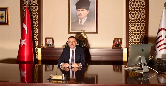 """Vali Osman Hacıbektaşoğlu'nun """"Öğretmenler Günü"""" Kutlama Mesajı"""
