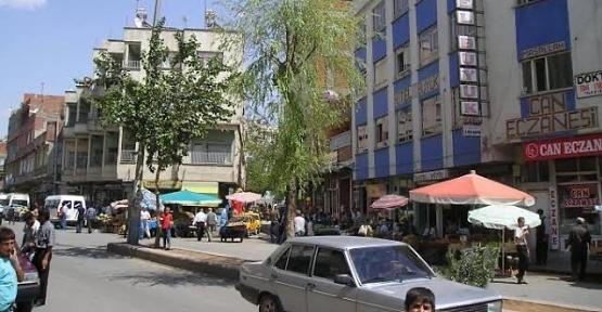 Aydınlar Caddesi ve Cumhuriyet Meydanında Araç Park Süresi Sınırlandırıldı