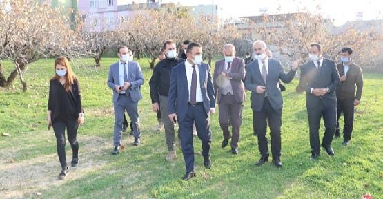 Vali/Belediye Başkan V. Hacıbektaşoğlu, Kentte Yürütülen Çalışmaları Yerinde İnceledi