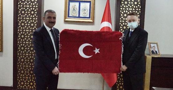 Avustralya Ankara Büyükelçisi Marc Innes-Brown, Vali Hacıbektaşoğlu'nu Ziyaret Etti