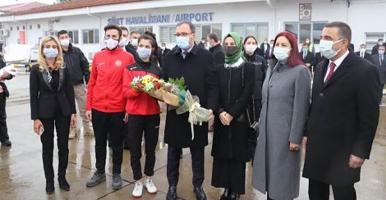 Gençlik ve Spor Bakanı Kasapoğlu Siirt'te