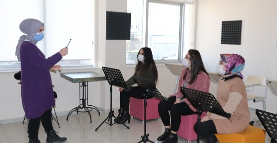 Siirt Belediyesinin Mesleki-Teknik, Kişisel Gelişim ve Hobi Kursları Başladı
