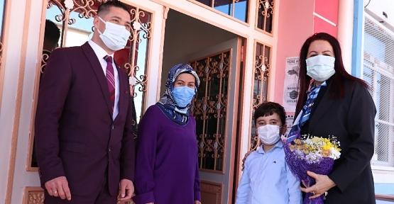 Vali Eşi Güney Hacıbektaşoğlu, Anaokulu Öğrencilerini Ziyaret Etti