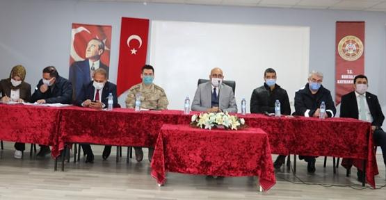 Kurtalan'da 3 Aralık Depremi Sonrasında Devam Eden Süreç ile İlgili Bilgilendirme Toplantısı Yapıldı