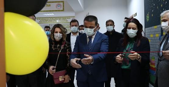 Vali Hacıbektaşoğlu, Kütüphane Açılışını Gerçekleştirdi