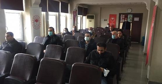 Ziraat Mühendislerine Siirt Fıstığı Yetiştiriciliği Konusunda Hizmet İçi Eğitim Verildi