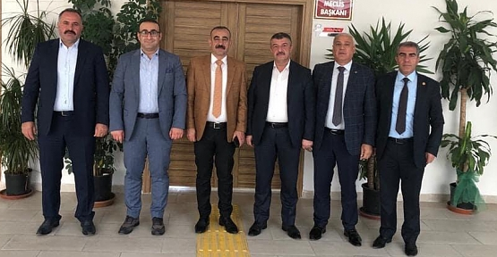 Kaymakam Hasar ve Başkan Cellek'ten Cangir Bayram'a Tebrik Ziyareti