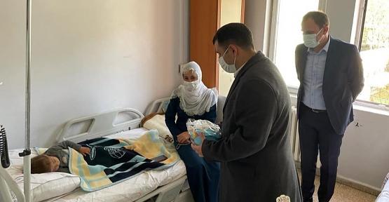 Kaymakam Kayabaşı ve Başkan Özcan'dan Hasta Ziyareti