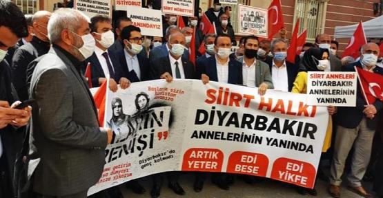 Siirt'ten  STK Başkanları Diyarbakır Annelerini Ziyaret Etti