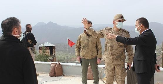 Vali Hacıbektaşoğlu, Operasyon Bölgesinde İncelemelerde Bulundu
