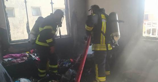 Siirt'te Apartmanın 5. Katında Çıkan Yangın Korkuttu