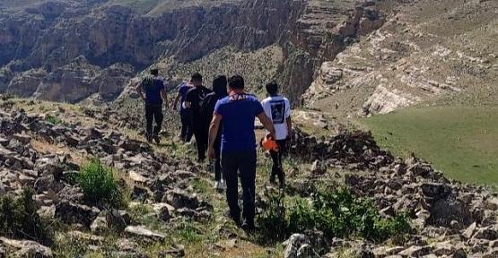 Botan Vadisinde Kaybolan 4 Kişiyi AFAD ve UMKE Kurtardı