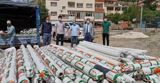 Siirt Tarım İl Müdürlüğü Üreticiye Sera Malzemesi Dağıttı