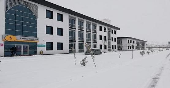Siirt Üniversitesinde İlahiyat Lisans Tamamlama Programı Açıldı
