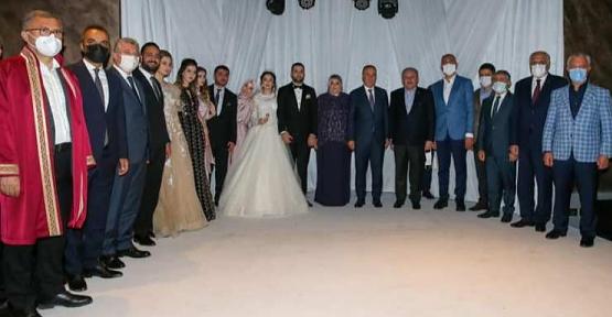 AK Parti Siirt Milletvekili Osman Ören'in Mutlu Günü