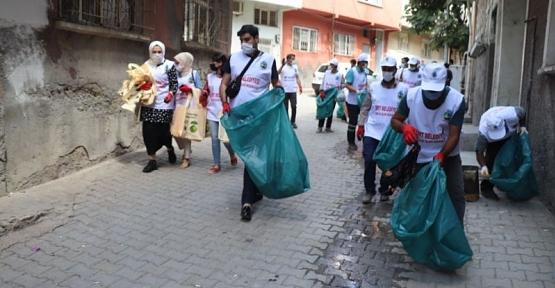 Siirt Belediyesince Çevre Temizliği Kampanyası Düzenlendi