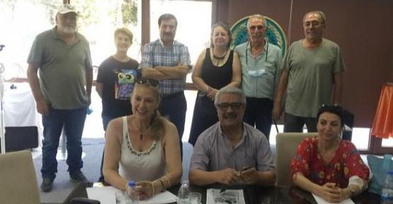 Antalya Sanatçılar Derneği Başkanlığına Siirtli Hemşehrimiz Yazar Tecelli Sırma Seçildi