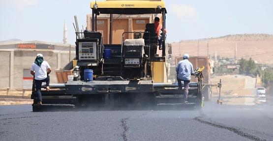 Siirt Belediyesi Kent Genelinde Asfalt Çalışmalarını Sürdürüyor