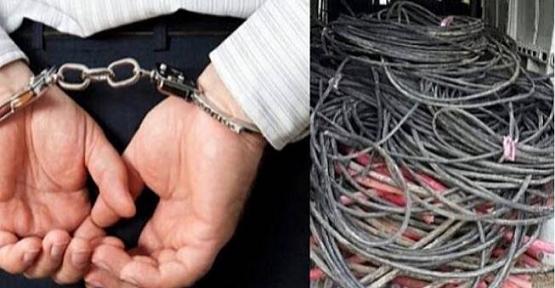 Camilerden Su Pompası ve Kablo Çalan Hırsızlar Tutuklandı