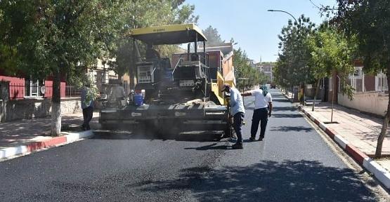 Siirt Belediyesinden 40 Derece Sıcakta Asfalt Serimi