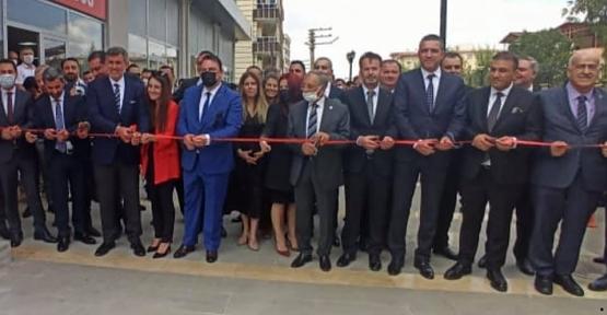 Metin Feyzioğlu, Siirt Barosu Binası'nın Açılışını Yaptı