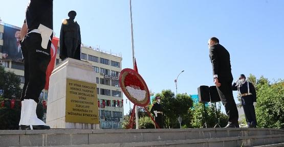 Cumhuriyetimizin Kurucusu Atatürk'ün Siirt'te Gelişi Törenlerle Kutlandı
