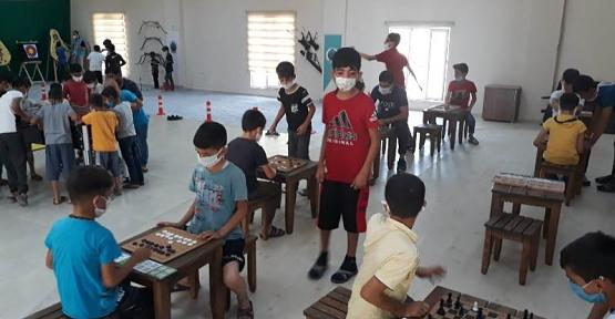 Gençler, Siirt Belediyesi Bünyesinde Açılan Spor Kurslarına Yoğun İlgi Gösteriyor