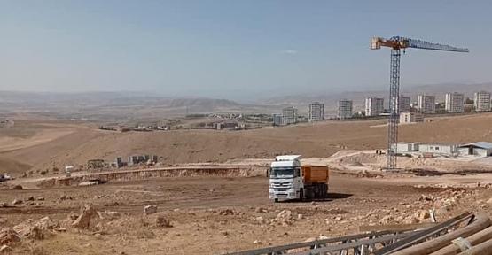 TOKİ Siirt'te Yapacağı 252 Konutun İnşaatına Başladı