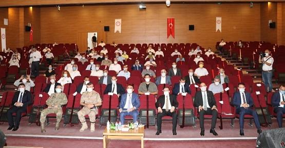 """Vali Hacıbektaşoğlu: """"Rehavete Kapılmadan, Bireysel Tedbirleri Katı Bir Şekilde Uygulmaya Devam Edeceğiz."""""""