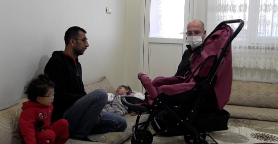 Emniyet Müdürü Yılmaz, Epilepsi Hastası Çocuğa Bebek Arabası Desteğinde Bulundu