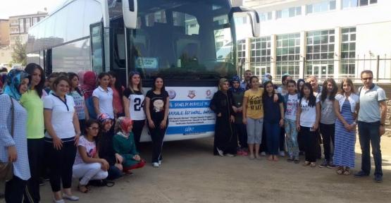 50 GENÇ KIZ ÇANAKKALE, İSTANBUL VE ANKARA'YA GÖNDERİLDİ