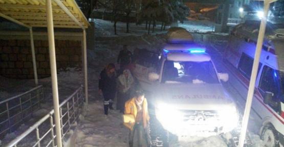 Doğum Hastası Paletli Ambulansla Hastaneye Yetiştirildi
