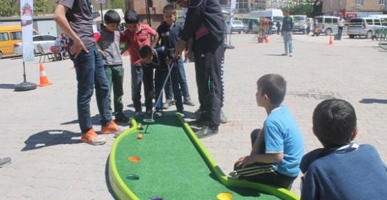 """Eruh İlçesinde """"Mobil Gençlik Merkezi"""" Projesi Kapsamında Etkinlik Yapıldı"""