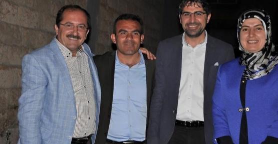 Eski AK Partili Kayabağlar Belediye Başkanı Nafi Sevgili HDP'ye Geçti