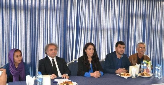 HDP Vekilleri Yıldırım ve Konca Basınla Buluştu