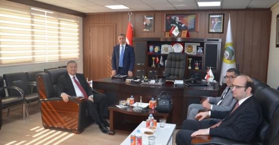 HSYK Üyesi Taci Bayhan, Kurtalan Belediye Başkanı Karaatay'ı Ziyaret Etti