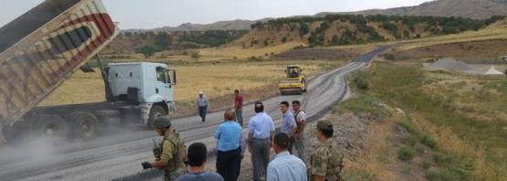 Kaymakam Kocabey, KÖYDES Kapsamında Yapılan Köy Yolları Yapım Çalışmalarını Denetledi