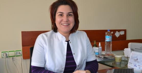 Özel Asema Hospital Nöroloji Uzm. Dr. Zehra Duygu Ekmekçi, Türkçe Bilmeyen Vatandaşların İlgi Odağı Oldu