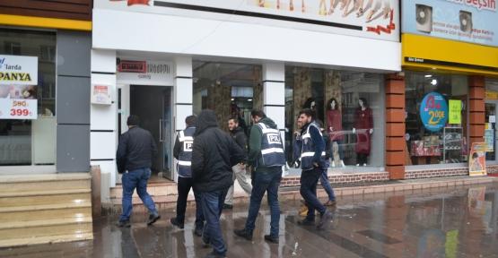 Paralel Yapının Dershane ve Yurtlarına Polis Baskını