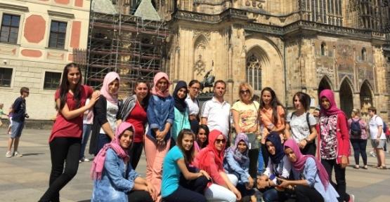 Şirvan Kız Meslek Lisesi Öğrencileri Berlin Gezisinden Döndü