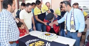 Genç Fenerbahçeliler, Siirt'teki Engellileri Unutmadı