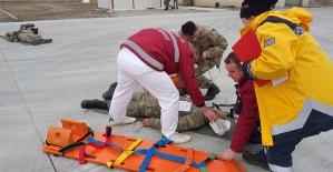 3. Komando Tugayı Sağlık Personeline Acil Müdahale Eğitimi