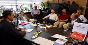 Siirt Heyeti THY Genel Müdür Yardımcısı Levent Yımaz'la Görüştü