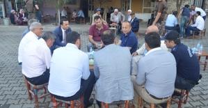 Vali Atik, Veysel Karani Beldesinde Vatandaşlarla Bir Araya Geldi