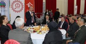 Şehit ve Gazi Aileleri Onuruna Yemek...